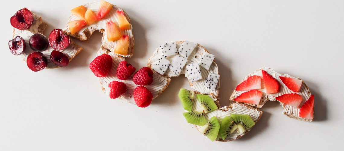 berries-delicious-food-904941